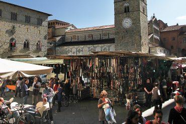 il-mercato-di-piazza-del-duomo