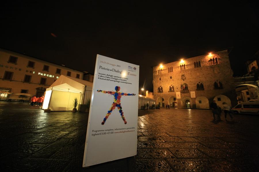 La XII edizione di Pistoia – Dialoghi sull'uomo  in programma dal 24 al 26 settembre 2021 sul tema  Altri orizzonti: camminare, conoscere, scoprire